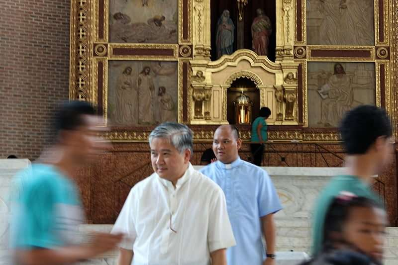 Photo of Archbishop Socrates Villegas at Dagupan Church